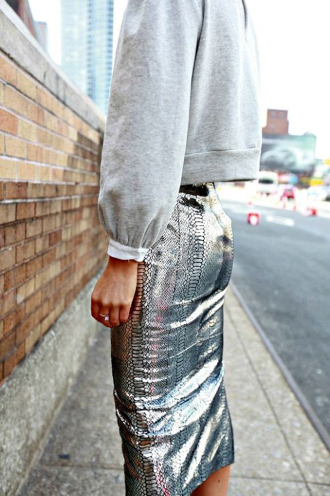 metallic-outfits-womens-street-style-looks-7