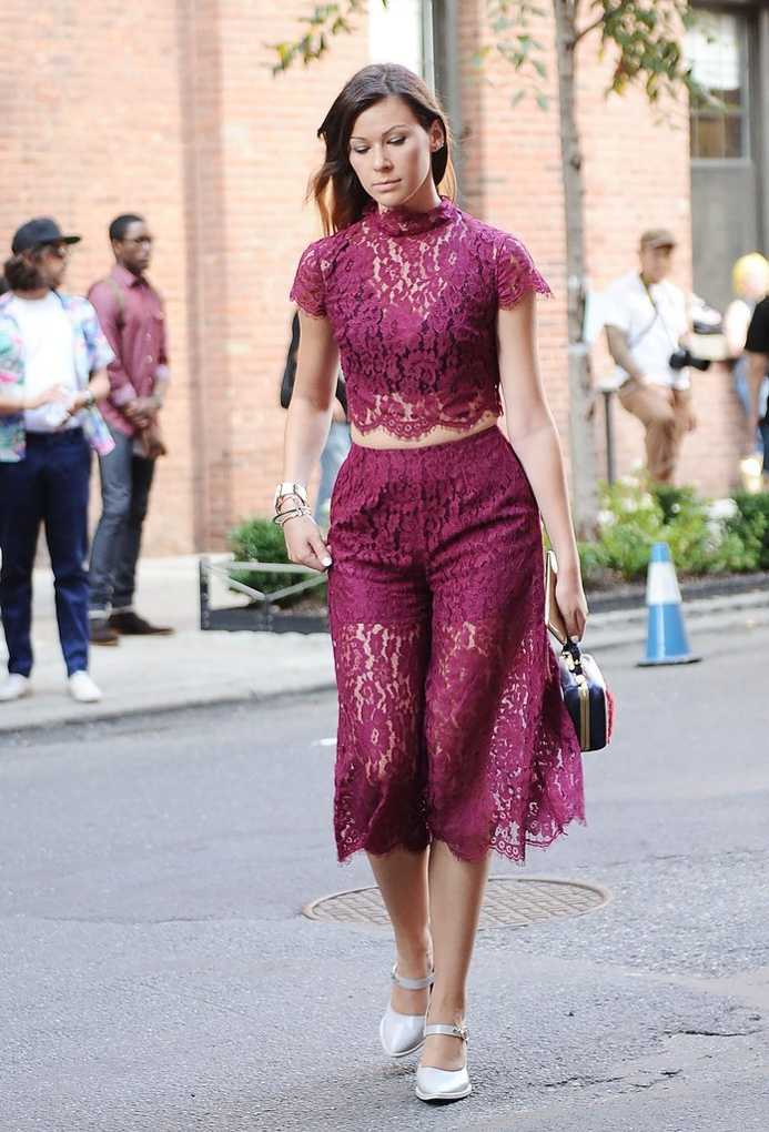 updated-the-best-street-style-from-new-york-fashion-week-popsugar-fashion-uk-1442324602n8g4k