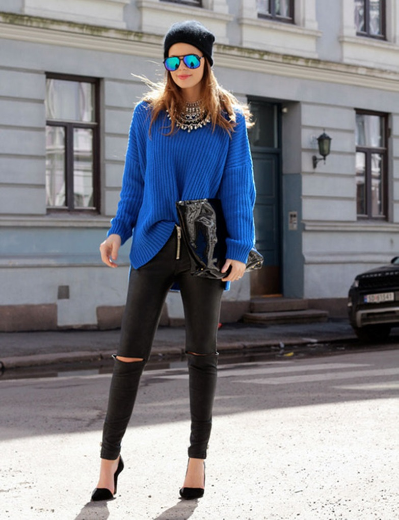 blue-oversized-sweater-black-leggings-black-pumps-black-beanie-original-880