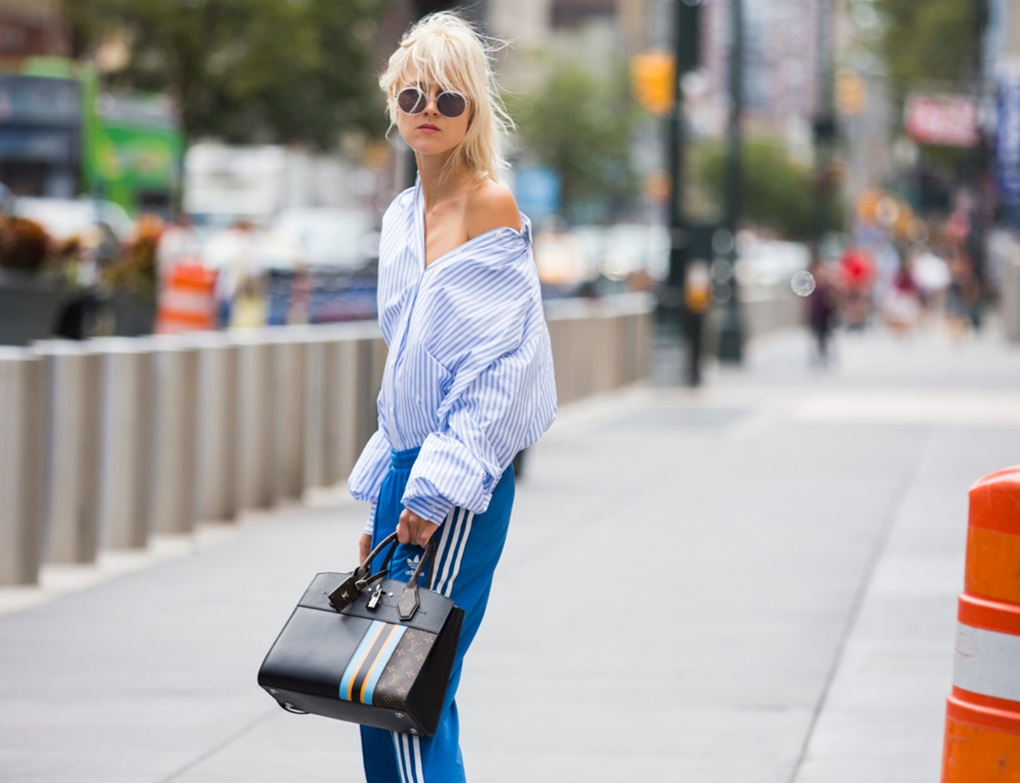 deconstructed-shirt-trend-fashion-week-spring-2017-street-style-03