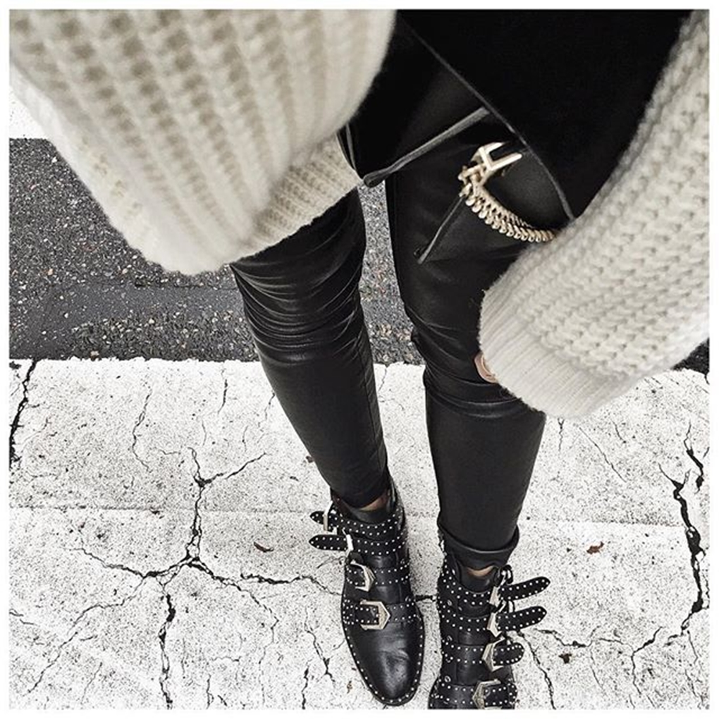 1e2f1772ecae5796a3e456bf7a9cfd0a--givenchy-boots-outfit-casual-office