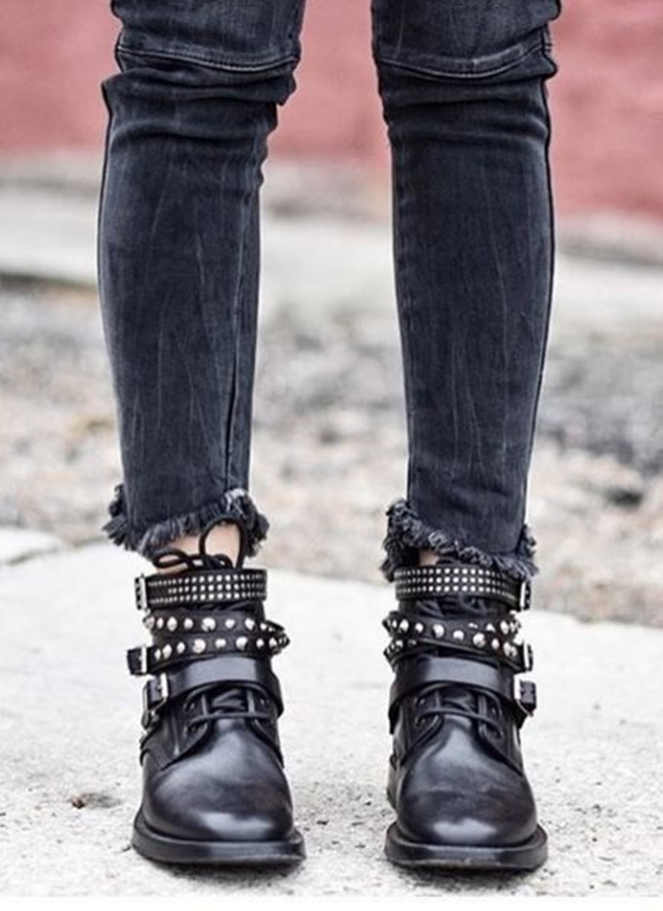 44235e8f13836226a57c8d973cd48390--rock-chick-style-glam-rock-style