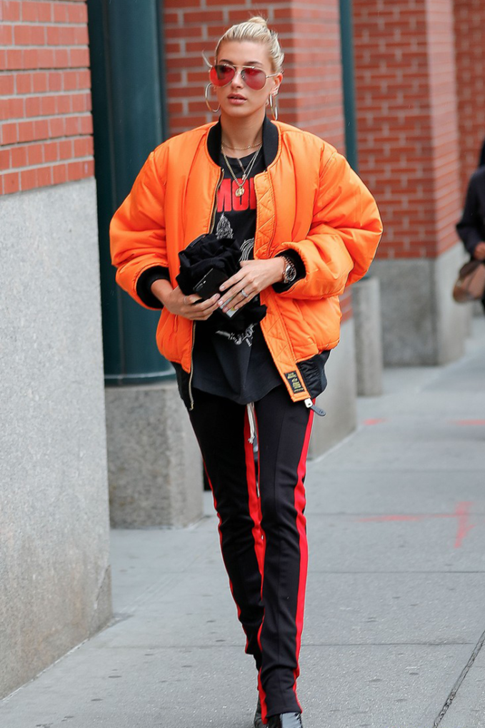 Hailey-Baldwin-out-in-NYC.--682x1024