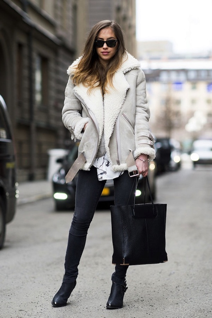 Le-Fashion-Blog-Street-Style-Wayfarer-Sunglasses-Neutral-Shearling-Coat-Faded-Black-Skinny-Jeans-Pebbled-Tote-Bag-Leather-Ankle-Boots-Via-Pop-Sugar_1