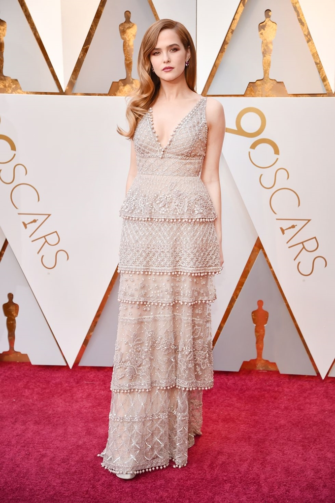 hbz-oscars-zoey-deutch-1520204206